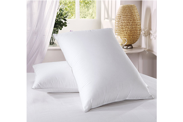 royal-hotels-down-pillow